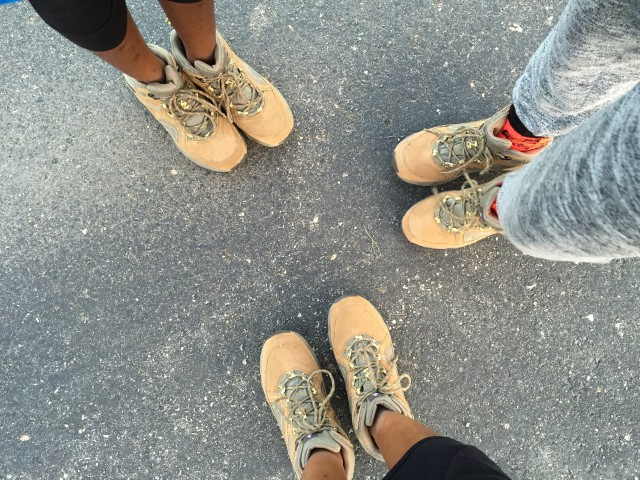 Woods-Canada-hiking-boots-teens