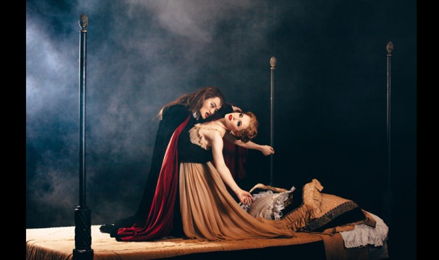 Win 2 Tickets to Royal Winnipeg Ballet's Dracula